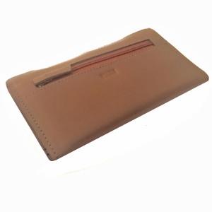 Billetera de cuero beige con dorado PLUM - Lucia - posterior