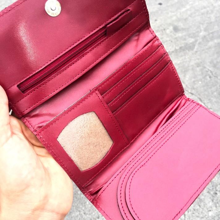 Billetera de cuero roja y dorada PLUM - Lucia (4).JPG