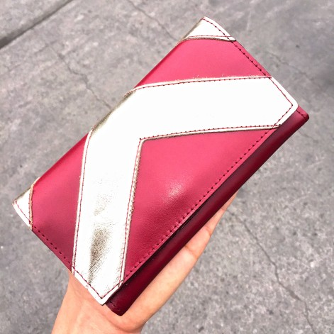 SKU 14713901 Billetera de cuero roja con dorado PLUM - Lucia (27)