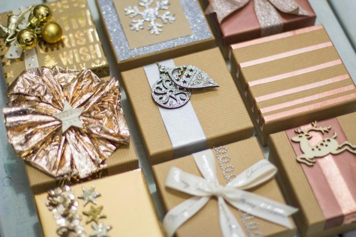 metalics-gift-wrap